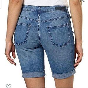 Calvin Klein crop short